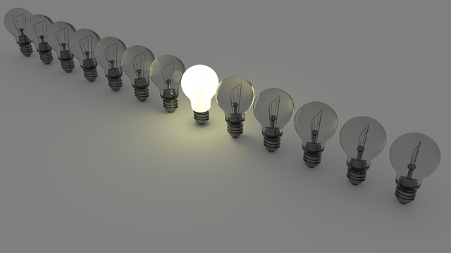 stojící žárovky